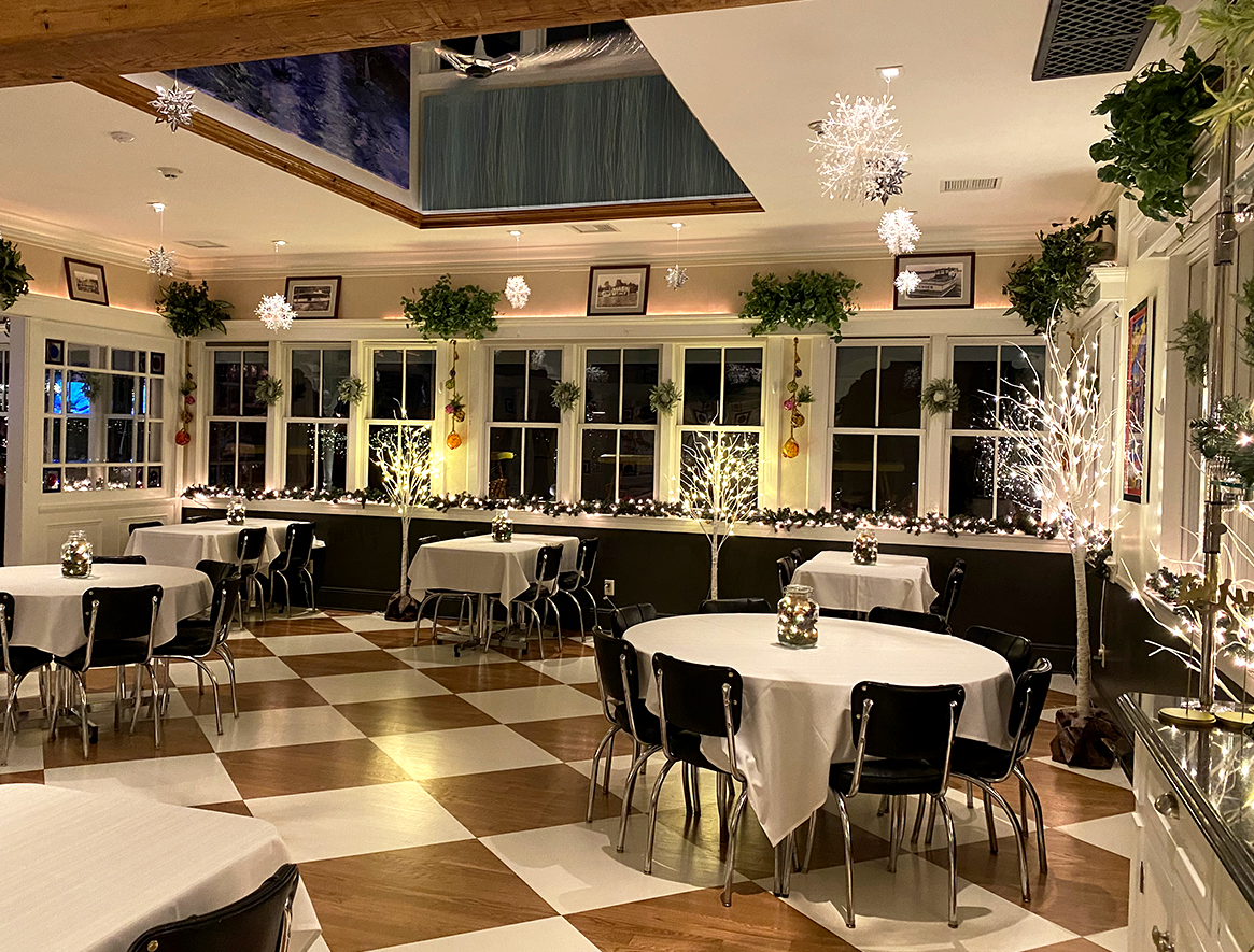 The dining room at the Windlass decorated for the holidays.